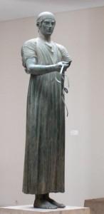 woźnica z Delf V w. p. n. e.